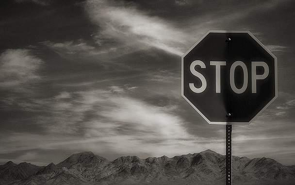 semn stop