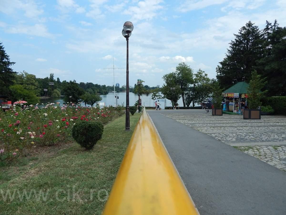 intrare parc herastrau