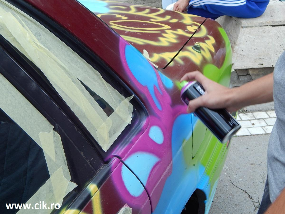 Creative Fest desen masina