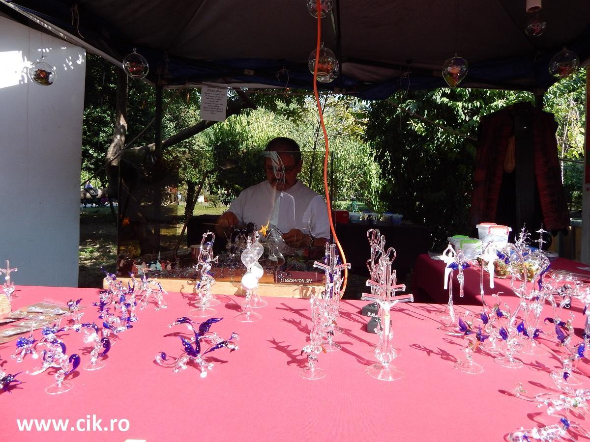 arta sticla zilele bucurestiului parcul cismigiu
