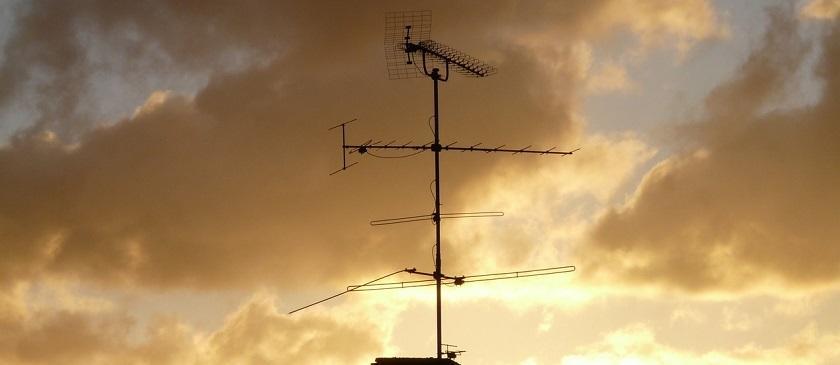 antena veche televiziune
