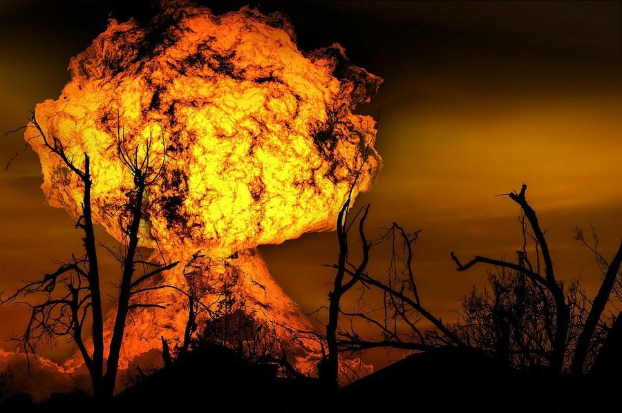 Cum s-a salvat omenirea de fiecare data cand s-a aflat in pragul dezastrului total