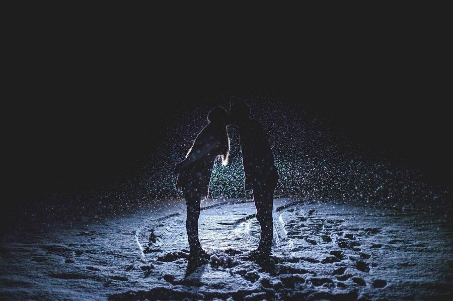 Intotdeauna iubim pentru a fi iubiti la randul nostru